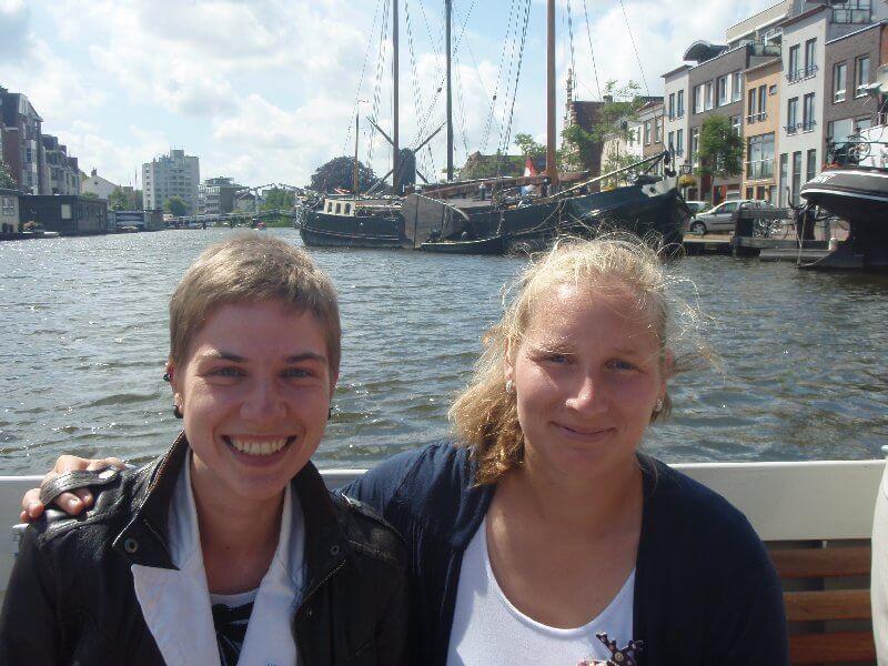 Anna with friend au pair